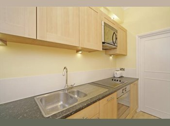 *FOR SHORT LET ONLY* Double Bedroom - South Kensington