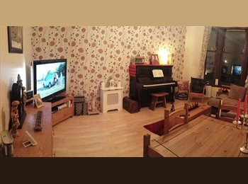 Spacious And Refurbished Double Bedroom