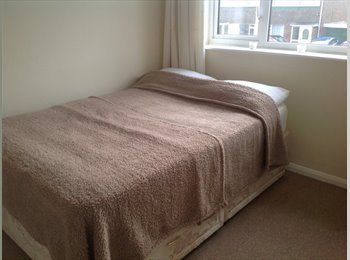 EasyRoommate UK - Room available in semi-detached house, Willingdon, - Willingdon, Eastbourne - £411 pcm