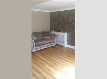 EasyRoommate UK - Crawley - Crawley, Crawley - £520 pcm
