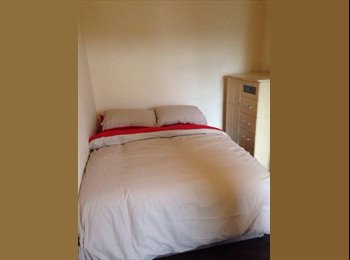 EasyRoommate UK - Double Room Furnished available Balby Doncaster, Doncaster - £212 pcm