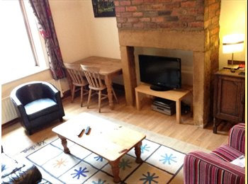 Large double room in Heaton