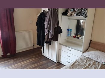 Terraced House in Clarendon Park area of Leicester