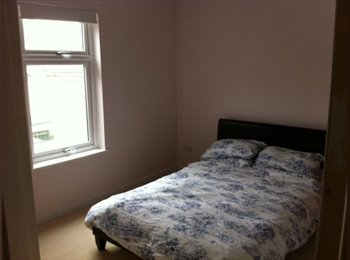 EasyRoommate UK - Swindon Central Old Town - Inc Utils & Cleaner - Swindon Town Centre, Swindon - £450 pcm
