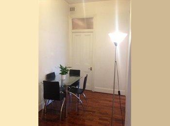 Double bedroom in Kensington - Cromwell Road