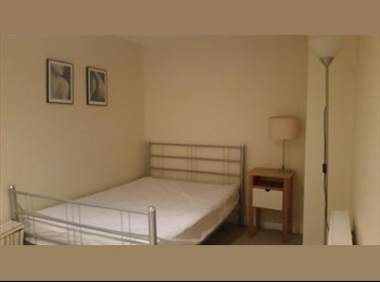 Furnished double room in 2bedroom flat-new building