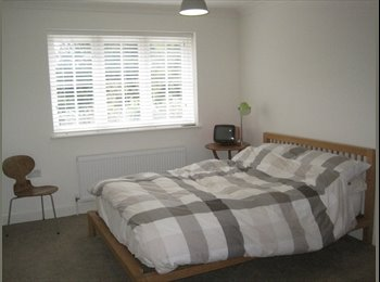 EasyRoommate UK - Double Room in Modern Designer house - Uckfield, Wealden - £550 pcm