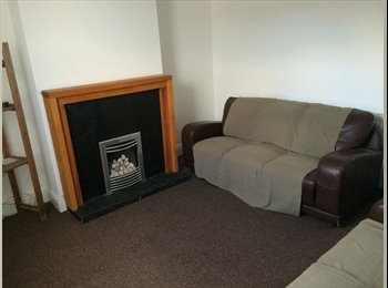 EasyRoommate UK - Newly refurbished  - St Helens, St. Helens - £325 pcm