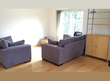 EasyRoommate UK - Castle Marina, Lovely double room in smart flat, The Park - £375 pcm