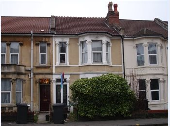 Large Double Room - Gloucester Rd