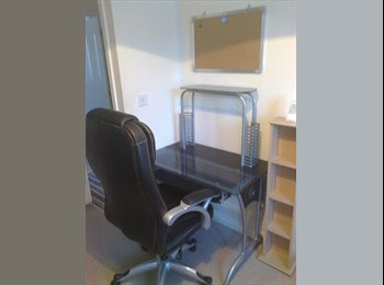 NICE COMFY DOUBLE  FURNISHED ROOM