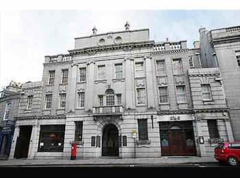 City centre flat in listed building