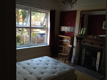 lovely big double room, central Stockport
