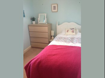 EasyRoommate UK - Room to Rent in Rothwell - Rothwell, Kettering - £320 pcm
