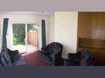 EasyRoommate UK - professional houseshare, Bristol - £310 pcm