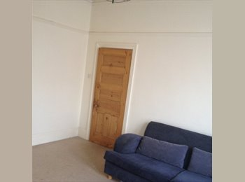Short Stay Leicester City Large Double Room 4 Rent