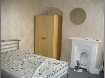 2016 early birds!!!!6 beds house central location 3 mins to...