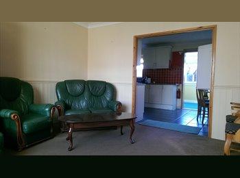 Double room in Cambridge near Airport