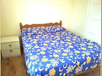 EasyRoommate UK - Trumpinton has 2 clean double bedroom to share - Trumpington, Cambridge - £550 pcm