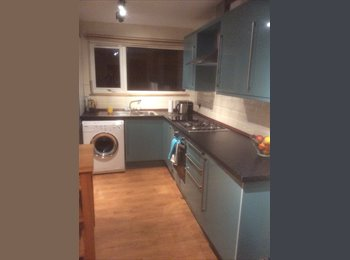 EasyRoommate UK - Clean, tidy Double room with bills included - Bath, Bath and NE Somerset - £399 pcm