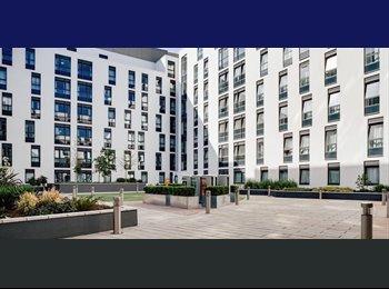 En-suite room at Student Court, Wembley