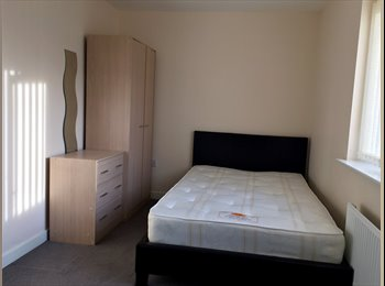 EasyRoommate UK - Double room to rent (390pm including all bills) - Bell Green, Coventry - £390 pcm