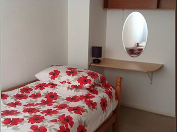 EasyRoommate UK - clean and tidy single room, Hampden Park - Hampden Park, Eastbourne - £320 pcm