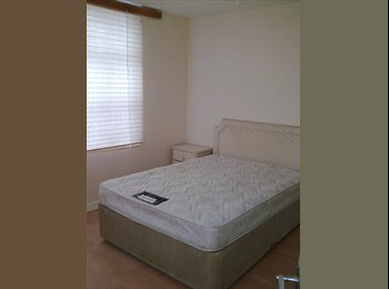 EasyRoommate UK - Large Double Room to let Near Coventry University - Longford, Coventry - £347 pcm