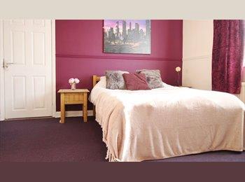 EasyRoommate UK - DERBY - HIGH STANDARD Accomodation - Refurbished, Derby - £300 pcm