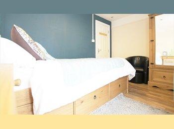 EasyRoommate UK - FANTASTIC ROOMS - Refurbished House, Derby - £368 pcm