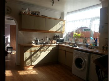 EasyRoommate UK - lodger wanted, Southport - £400 pcm