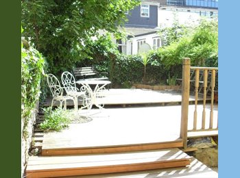 EasyRoommate UK - STUDENT HOUSE Fab location UNI APPROVED A Grade - Plymouth, Plymouth - £260 pcm