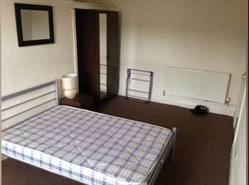 2 x Spacious double rooms in lovely Meanwood flat
