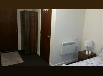Ensuite Room Bradford City Centre
