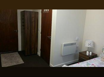 Ensuite Room Bradford City Centre