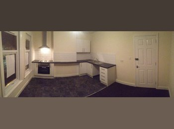 EasyRoommate UK - LARGE ROOMS TO LET IN SHARED HOUSE GRIMSBY £65PW - Grimsby, Grimsby - £260 pcm