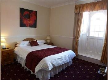 Beautifully presented FULLY FURNISHED Rooms, Worce
