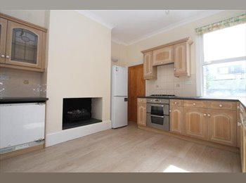 High quality relocation double room for 1. Super house!!