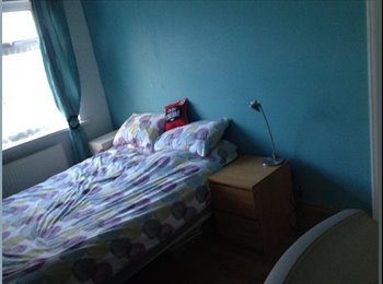 EasyRoommate UK - Great room in a lovely location - Downend, Bristol - £370 pcm