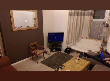EasyRoommate UK - 7 bed christian community house, Bills inc - Stockton-on-Tees, Stockton-on-Tees - £290 pcm