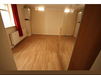 2 DOUBLE ROOM 2 SHOWER ROOMS BELSIZE RD NW6  £1700