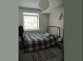 EasyRoommate UK - Spacious double room with own family bathroom - Maidstone, Maidstone - £515 pcm