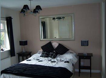 EasyRoommate UK - En-suite double bedroom to let - Normanton, Wakefield - £270 pcm