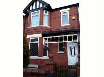 EasyRoommate UK - fantastic house - Stretford, Trafford - £380 pcm