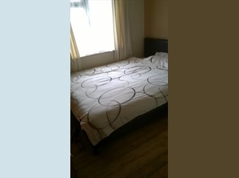EasyRoommate UK - Double Room MON-FRI OR PAY PER NIGHT £20 - Downend, Bristol - £320 pcm
