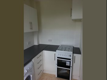 Refurbished House close to TootingBroadway Station