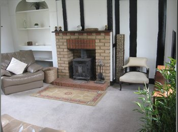 EasyRoommate UK - LOVELY ROOM IN QUITE DETACHED FARMHOUSE - Latchingdon, Chelmsford - £595 pcm