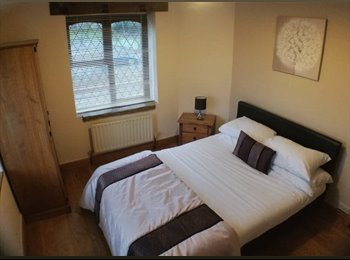 Great double rooms in a large detached house