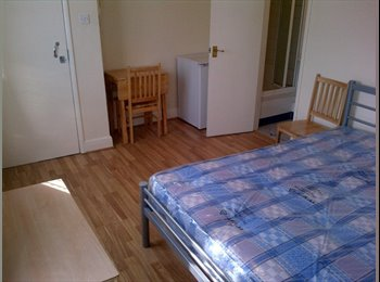 EasyRoommate UK - House Share in Ruislip - Ruislip, London - £520 pcm
