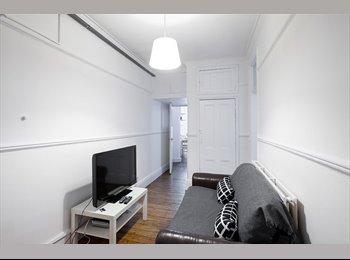 Fantastic Room in 4 bed Flat Huge kitchen